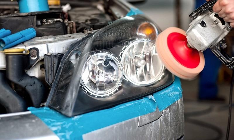Comment remplacer et régler le phare avant de votre voiture