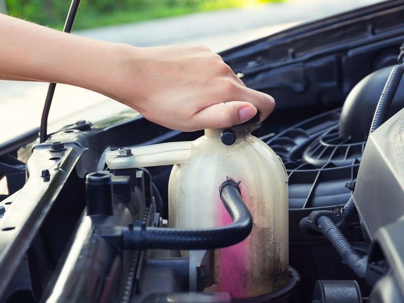 Vidange Dacia Sandero comment la faire et à quel prix